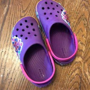 Crocs kids size 11 butterfly purple print
